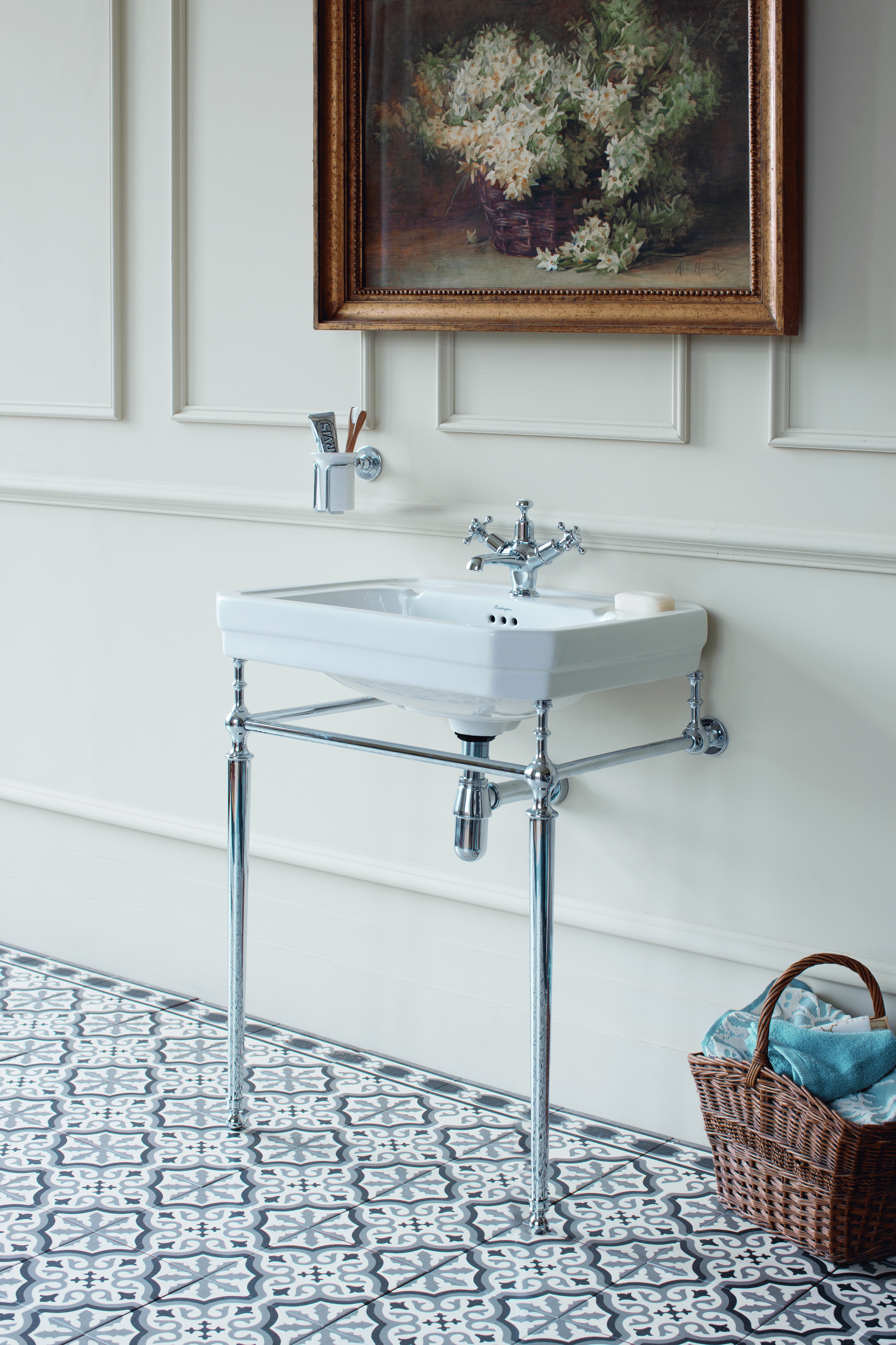 BathroomsByDesign - Blog - Why Traditional Bathrooms Can Be Trendy